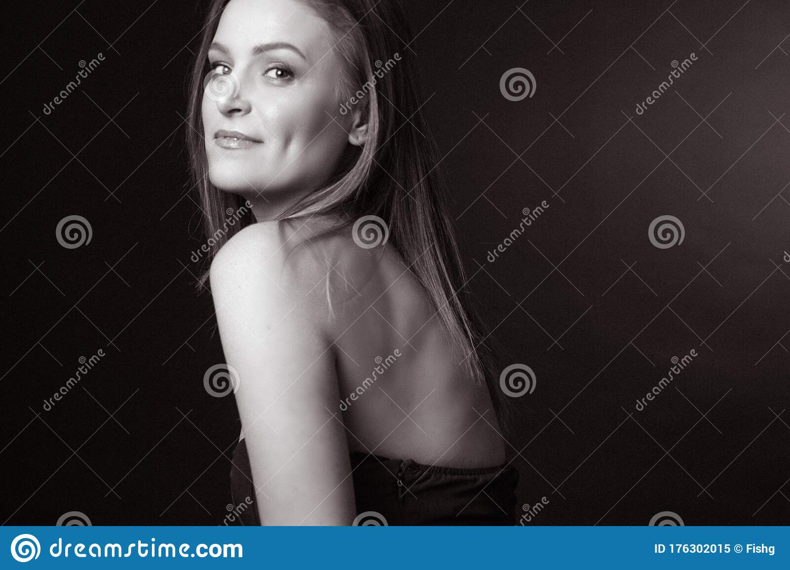 free nude pictures of 40 year old women
