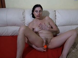 show me that pussy girl